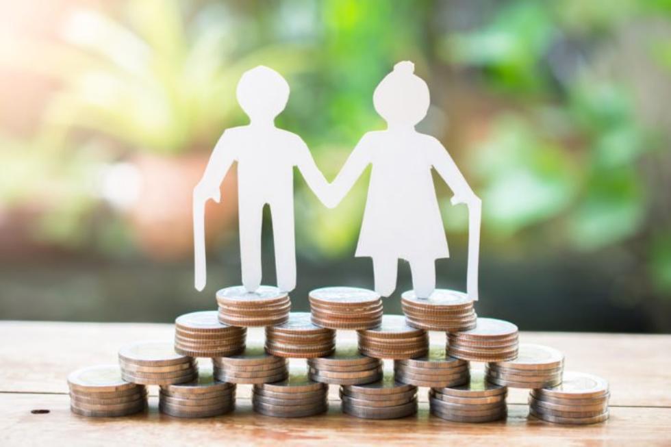 Si può accedere alla pensione di vecchiaia con soli 8 anni di contributi?